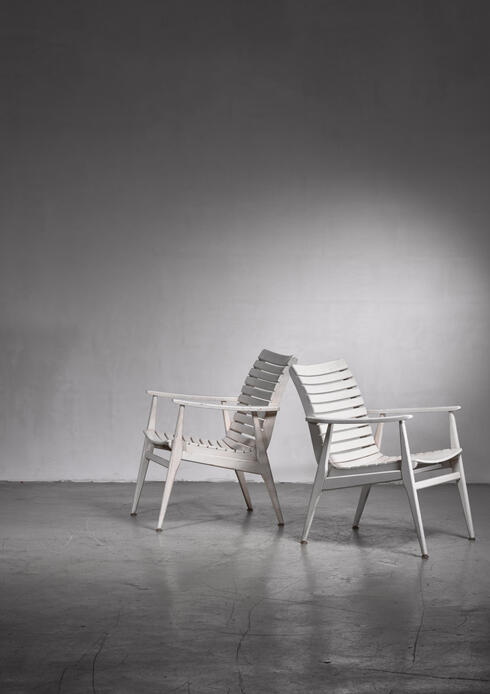 Bloomberry - Pair of white slat chairs