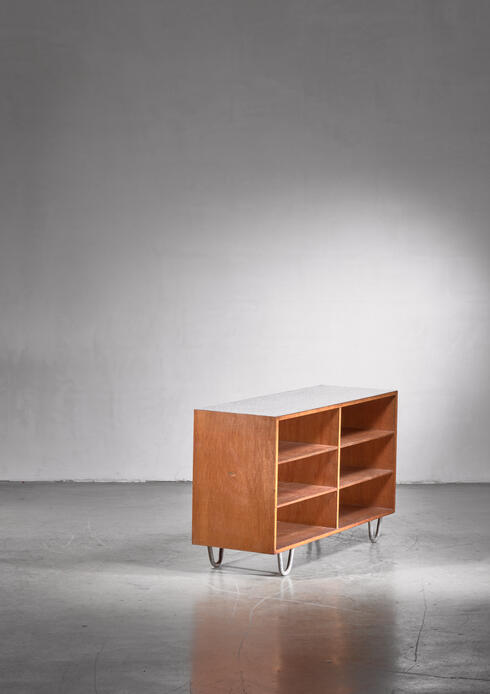 Bloomberry - Wooden credenza with six shelves