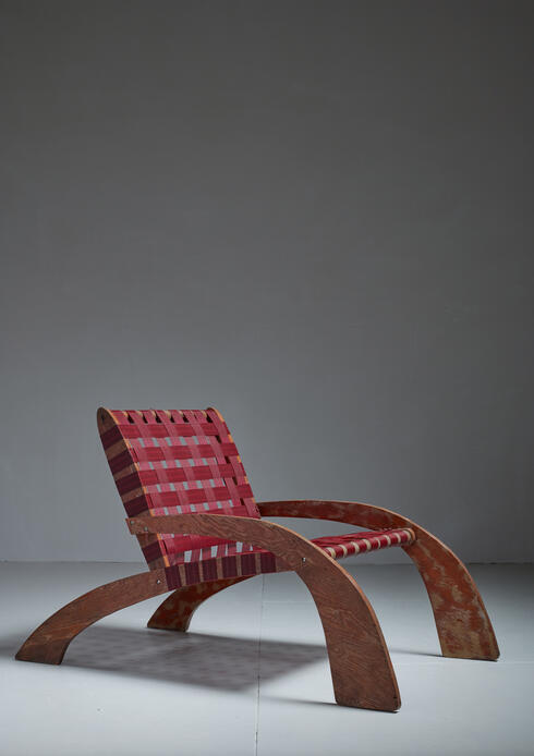 Bloomberry - Unique Modernist Plywood Red Webbed Lounge Chair, USA, 1950s