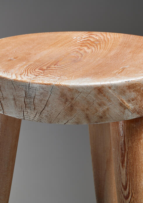 Bloomberry - Charlotte Perriand Tripod Pine Stool, France, 1950s