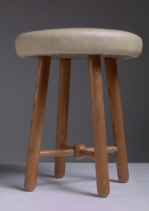 Bloomberry - Flemming Teisen Pair of Ash Stools with Leather Seating, Denmark, 1938