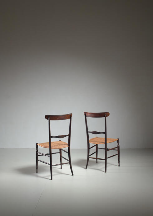 Bloomberry - Pair of Chiavari chairs with ebonized beech frame, Italy