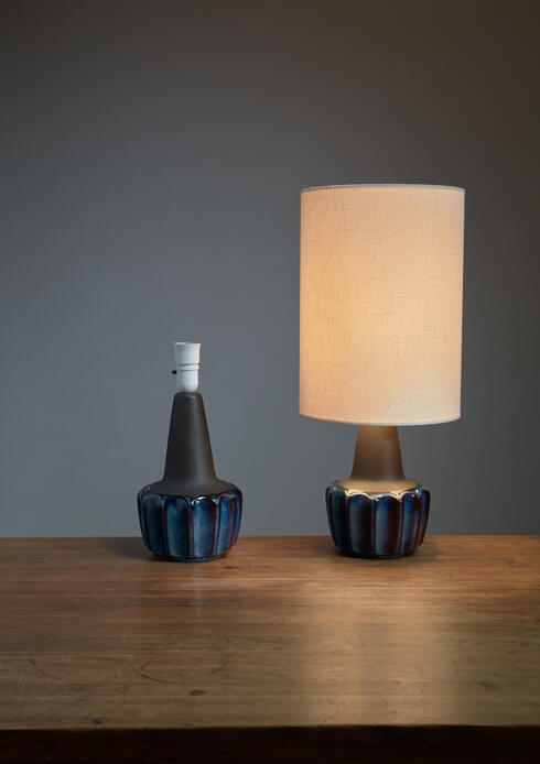 Bloomberry - Pair of Soholm blue ceramic drop shaped table lamps, Denmark