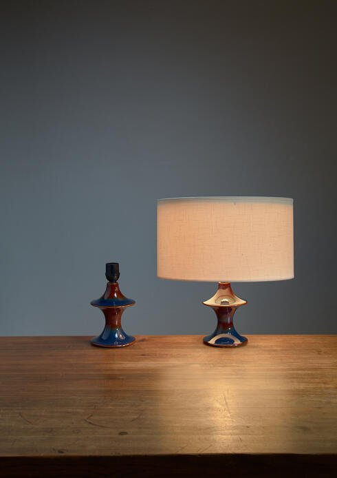 Bloomberry - Pair of blue ceramic diabolo shaped table lamps by Soholm, Denmark